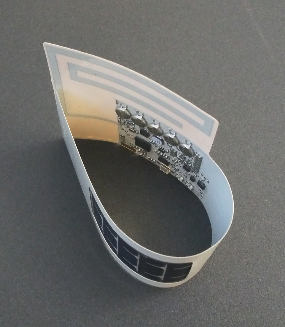 Thin, flexible and energy self-sufficient eologix sensors. Copyright: eologix sensor technology gmbh